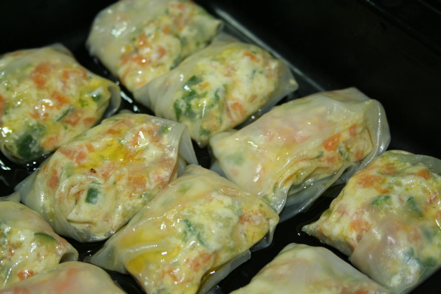Pacchettini di carta di riso con verdure e ricotta - In cucina con amore